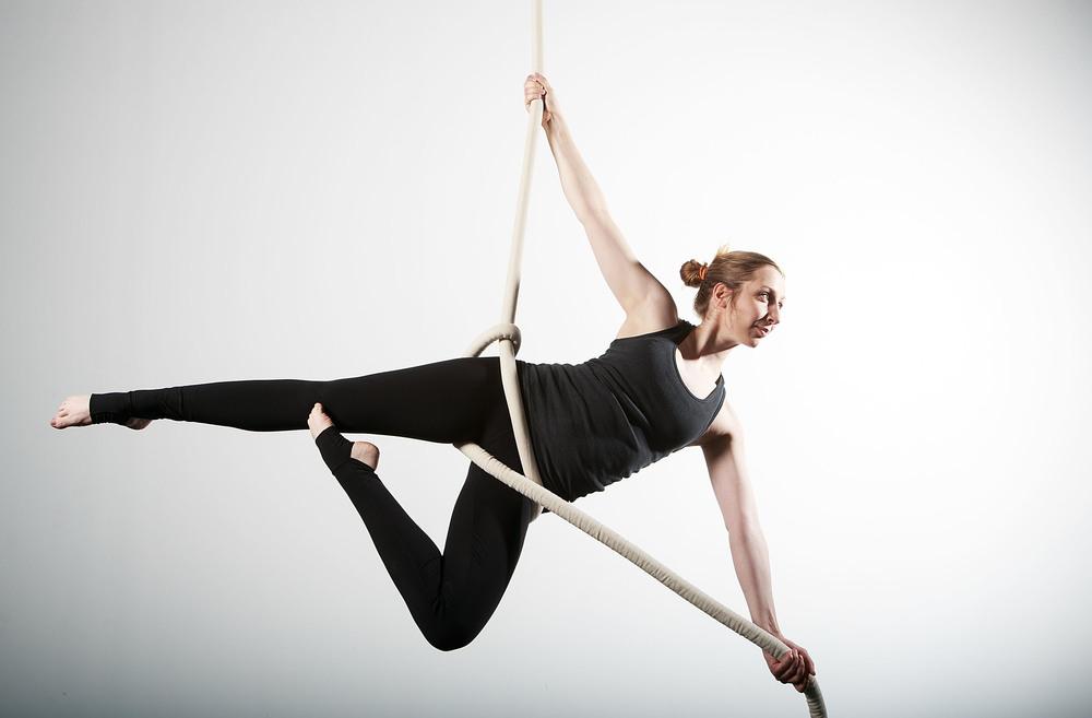 Circus Glory (Trapeze)